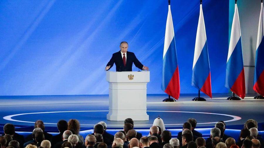 Ông Putin yêu cầu tăng tốc giải pháp về nhiệm vụ quốc gia quan trọng