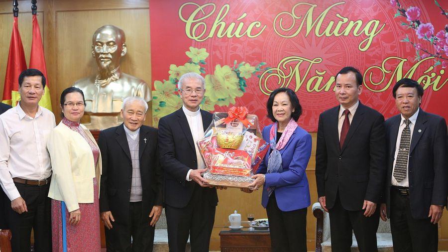 Trưởng ban Dân vận Trung ương tiếp Đoàn Ủy ban Đoàn kết Công giáo