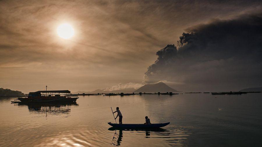 Khuyến cáo công dân hạn chế đến khu vực bị ảnh hưởng bởi núi lửa Taal