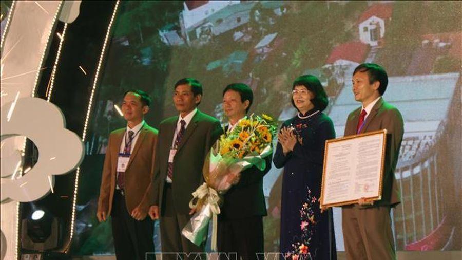 Phó Chủ tịch nước dự lễ công bố thành lập thành phố Gia Nghĩa, tỉnh Đắk Nông