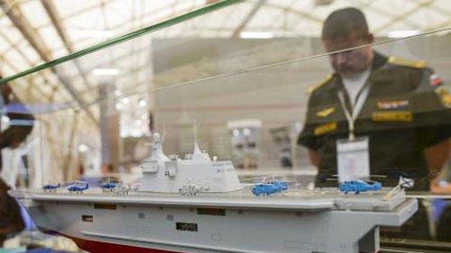 Vũ khí trên tàu đổ bộ Nga xa lạ với Mistral
