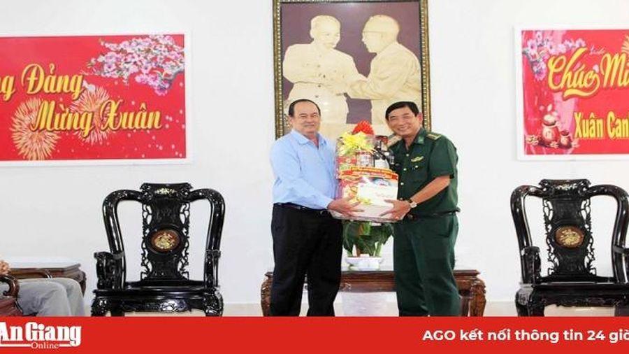 Chủ tịch UBND tỉnh An Giang Nguyễn Thanh Bình thăm, chúc Tết tại TX. Tân Châu và TP. Châu Đốc