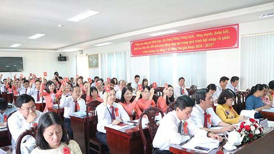 Ông Nguyễn Hồng Quang tái đắc cử Bí thư Đảng bộ Trường cao đẳng Y tế Đồng Nai