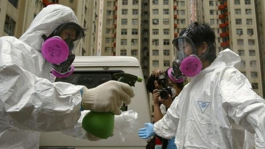 WHO cảnh báo viêm phổi lạ do virus corona có thể lây nhiễm từ người sang người