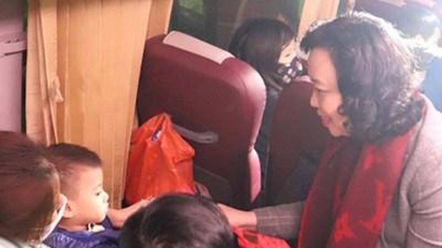 Xe miễn phí đưa trên 95.000 công nhân lao động về quê đón Tết