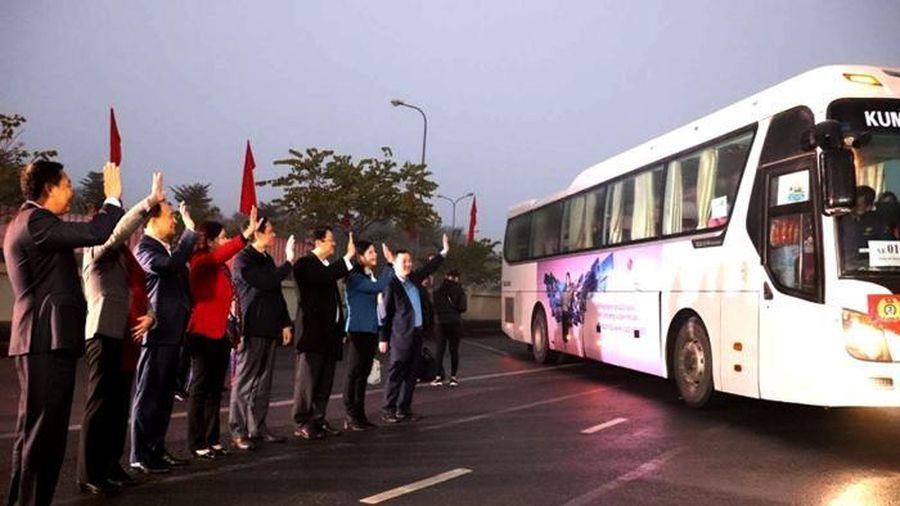 Hà Nội: Trên 2.000 chuyến xe miễn phí đưa công nhân về quê đón Tết