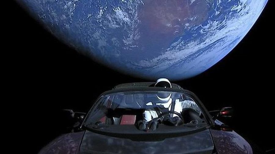 Các tỷ phú Elon Musk, Jack Ma dùng những loại xe gì?