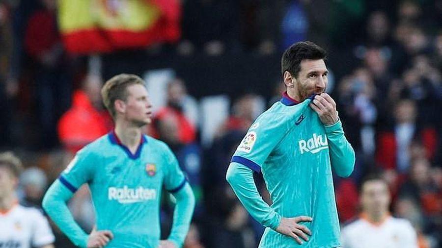 Messi 'tịt ngòi', Barcelona thua trắng Valencia