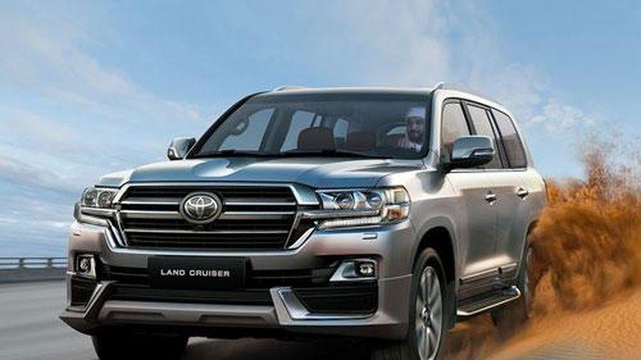 XE HOT (26/1): Toyota Highlander giá hơn 2,4 tỷ tại VN, Toyota Land Cruiser mới sẽ bị 'rút gọn' động cơ