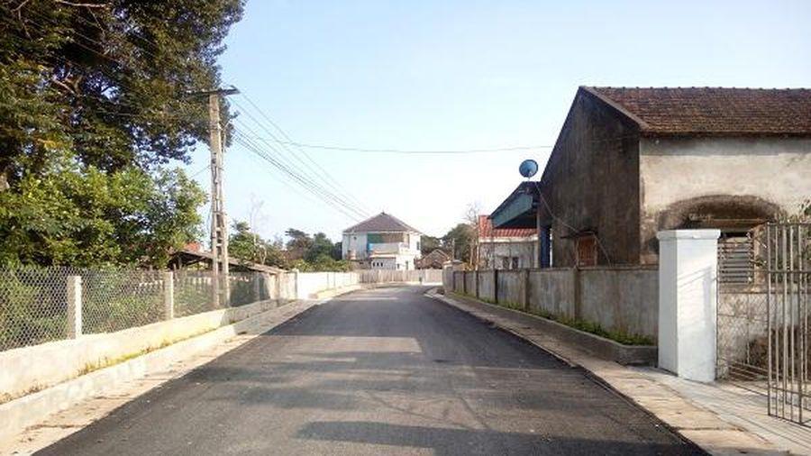 Dân hiến ngàn m2 đất mặt tiền, đường làng láng bóng như ở phố