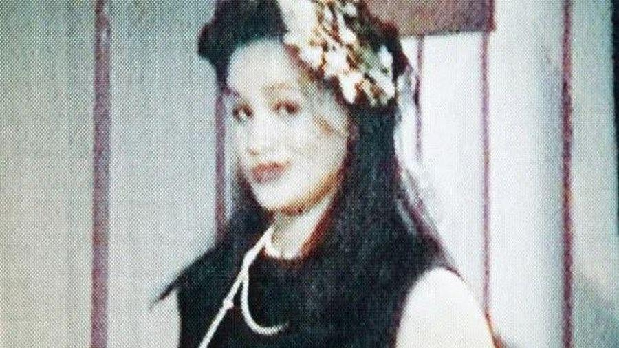 Cha ruột công bố ảnh và clip của Meghan Markle năm 16 tuổi