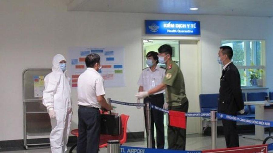 Cần Thơ: Giám sát chặt chẽ các chuyến bay quốc tế