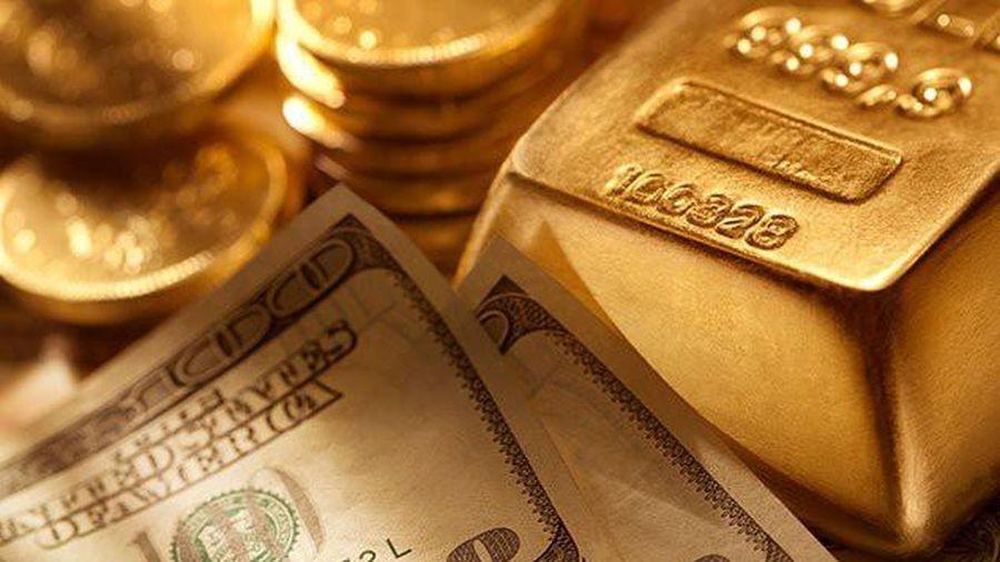 Vàng tiếp tục giảm, giá vàng trong nước tiến sát giá vàng thế giới