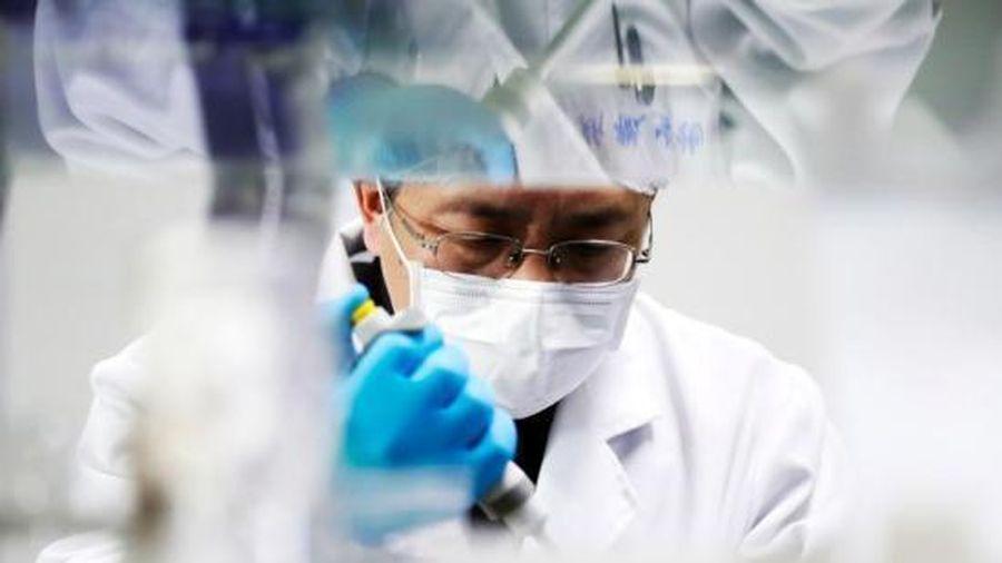 Phát hiện virus corona chủng mới trong nước mắt, dịch tiết kết mạc