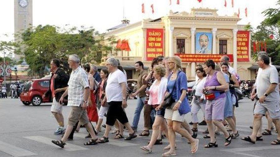 Chấn chỉnh và xử lý nghiêm mọi hành vi kỳ thị, từ chối phục vụ khách du lịch