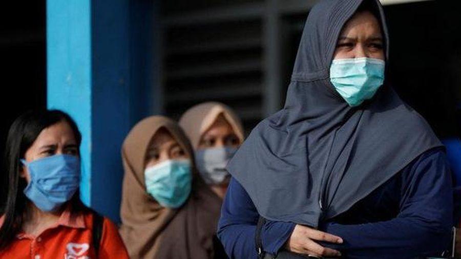 'Mạnh tay' với Covid-19, Indonesia dừng sự kiện Hồi giáo quy mô lớn, cách ly 9 nghìn người