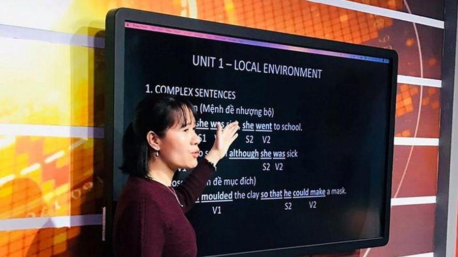 Thêm nhiều địa phương triển khai học qua truyền hình