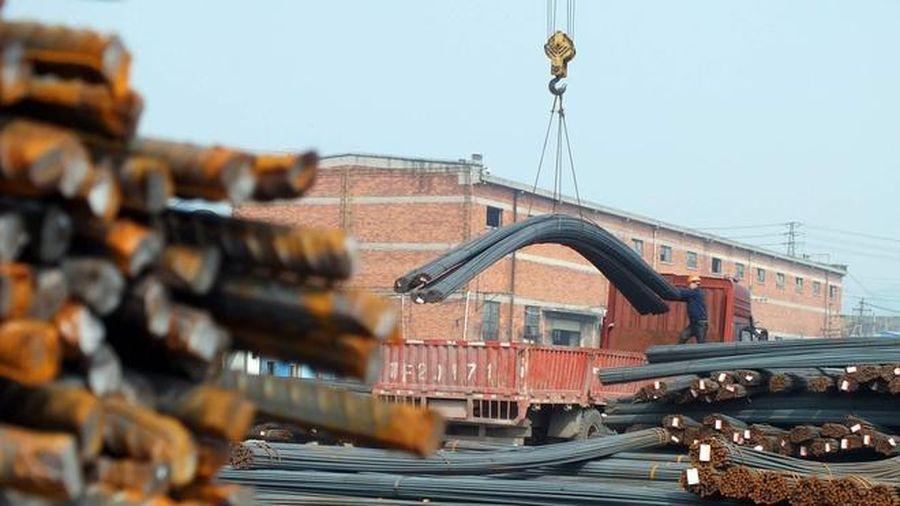 Giá vàng lao dốc, thép trở thành kênh trú ẩn mới của giới đầu tư