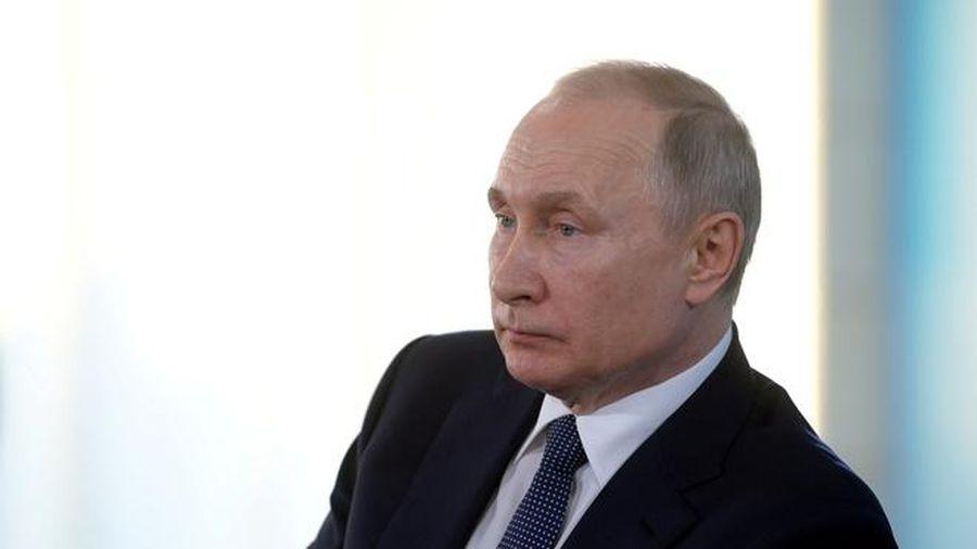 Điện Kremlin: TT Putin được bảo vệ suốt ngày đêm trước dịch virus