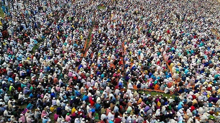 25.000 người tụ tập cầu nguyện chống virus corona tại Bangladesh
