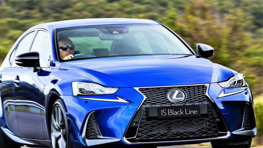 Lexus IS 300 và 350 ra mắt phiên bản đặc biệt, giới hạn 150 chiếc