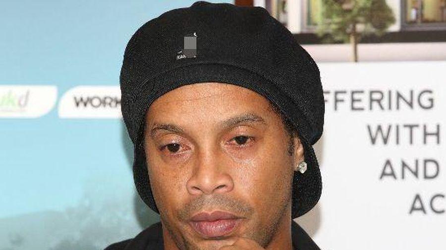 'Tin xấu nhất đến với Ronaldinho'