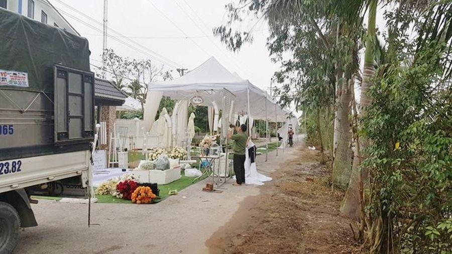 Đà Nẵng vận động người dân lùi đám cưới để phòng chống Covid-19