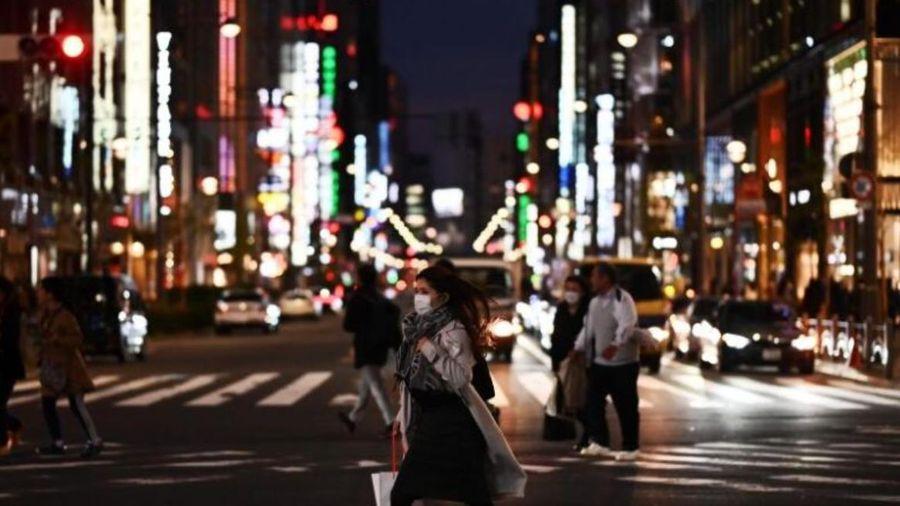Sai hoàn toàn về bùng phát dịch Covid-19 tại Nhật, giới chuyên gia tranh cãi