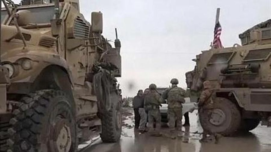 Nga gửi tiếp viện lớn đối phó lính Mỹ chặn đường