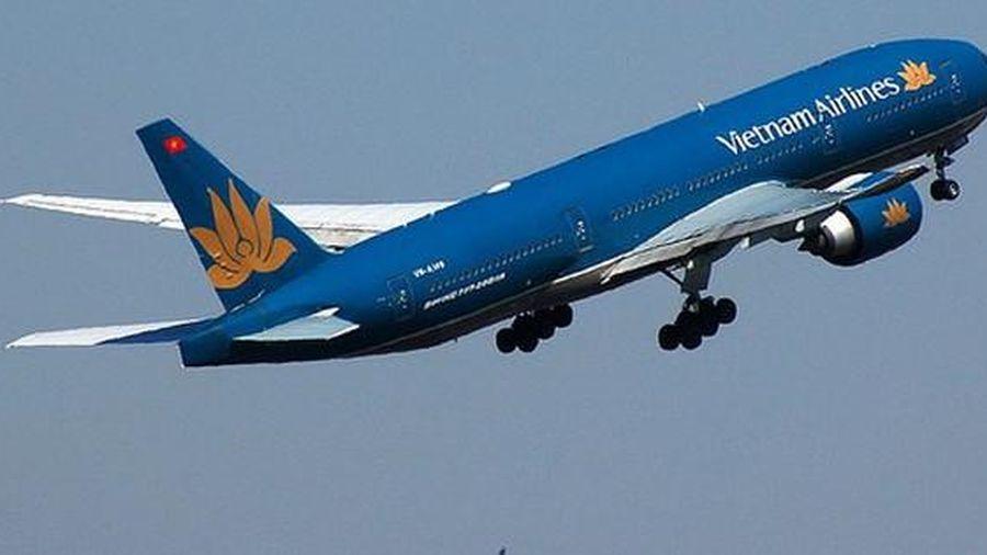 TP HCM tìm kiếm hành khách trên nhiều chuyến bay có người mắc Covid-19