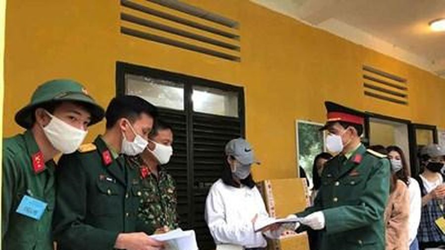 Các đơn vị quân đội đón nhận công dân Việt Nam từ các nước về khu cách ly