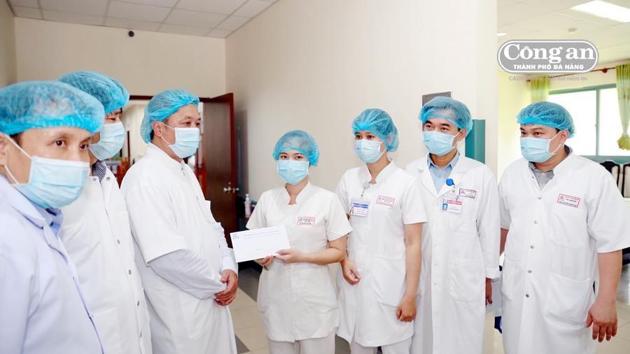 Chủ động cách ly từ sớm người nghi nhiễm SARS-CoV -2