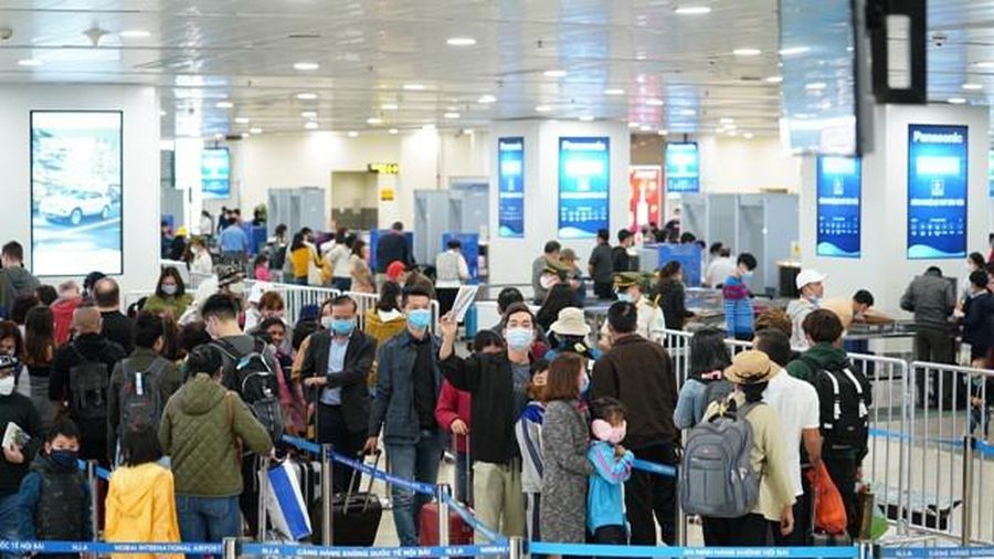 Lượng hành khách quốc tế về sân bay Nội Bài giảm