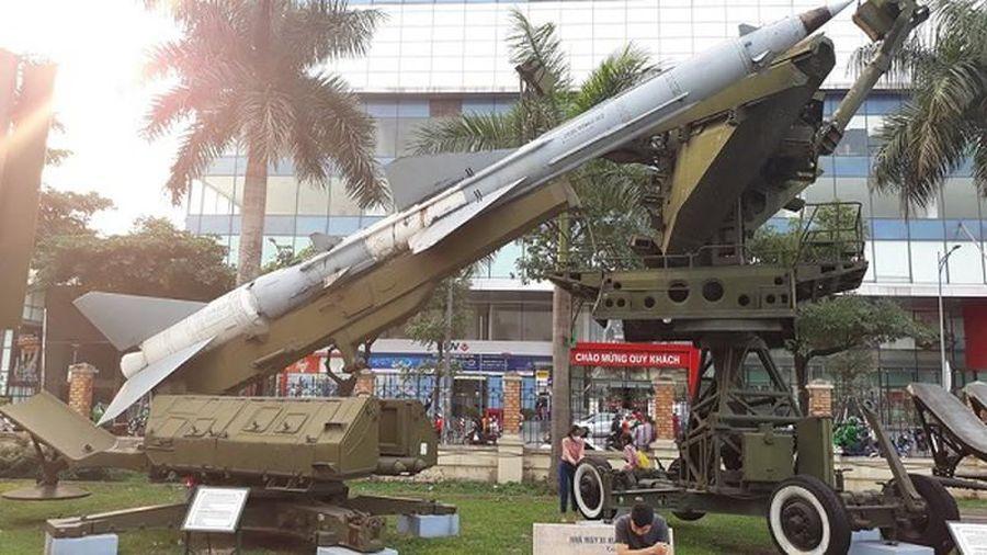 Kinh ngạc: Tên lửa SAM-2 của Việt Nam có thể bắn chìm cả tàu chiến
