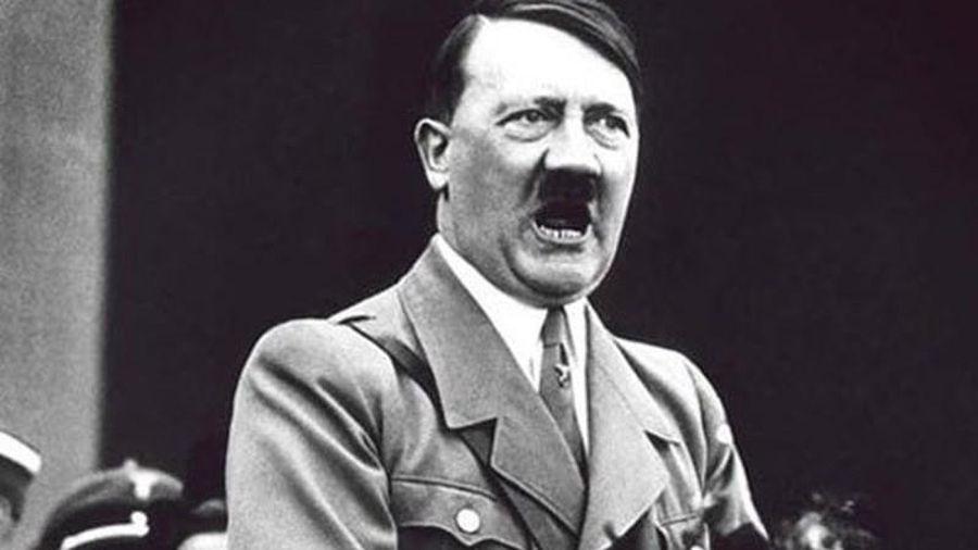 Nóng: Hitler không hề bỏ trốn bằng tàu ngầm sang Nam Mỹ?