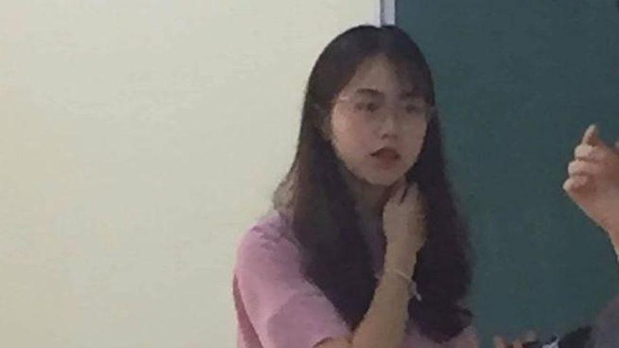 Ảnh chụp lén đẹp xuất sắc của nữ giảng viên trường đại học Kinh tế Quốc dân