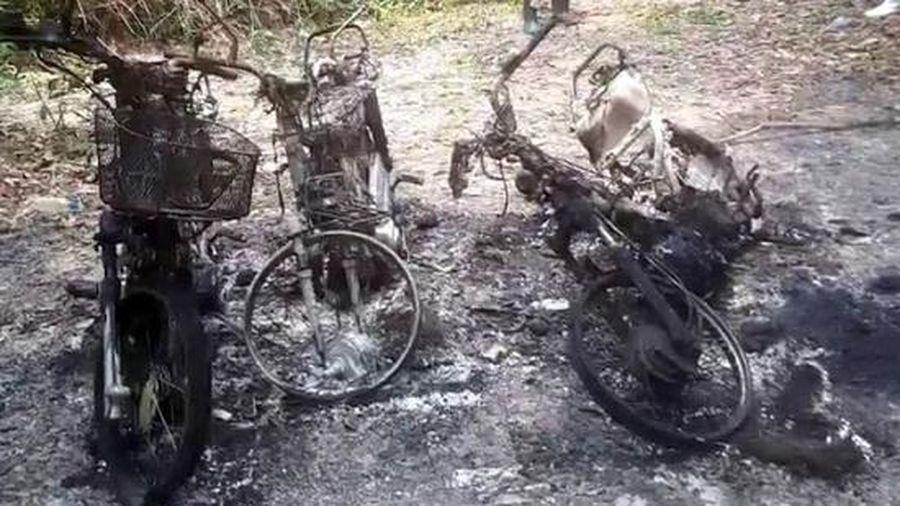 Làm rõ việc 3 xe máy của cán bộ bảo vệ rừng bất ngờ cháy rụi