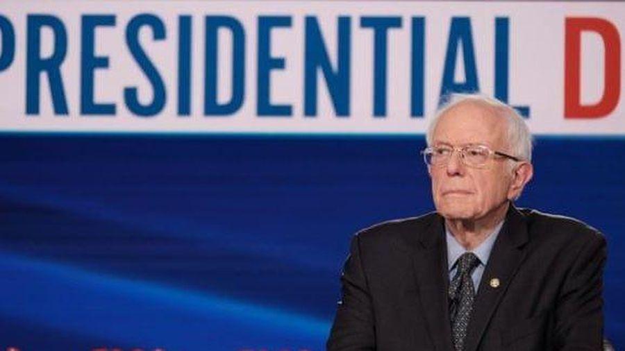 Bầu cử Mỹ 2020: Bác tin rút lui, ứng cử viên Sanders lại bị Tổng thống Trump dự báo sớm từ bỏ cuộc đua