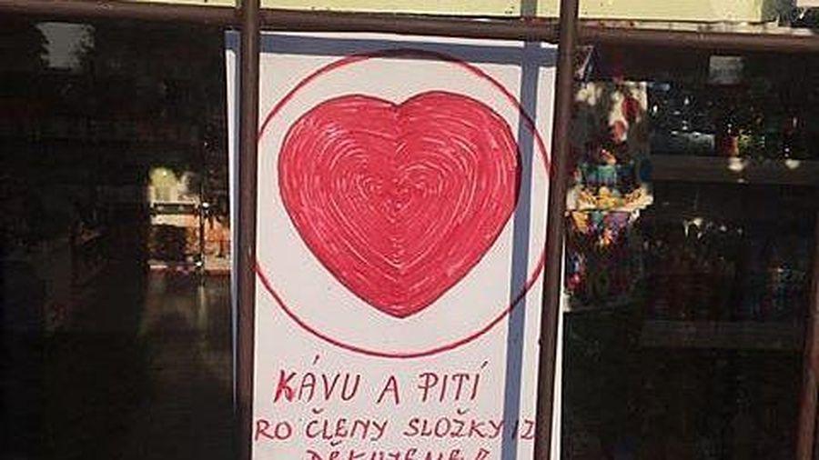 Những thông điệp từ 'trái tim' của người Việt tại Czech