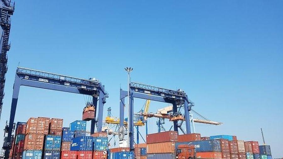 Nhập khẩu hàng hóa trong 2 tháng đầu năm tăng nhẹ