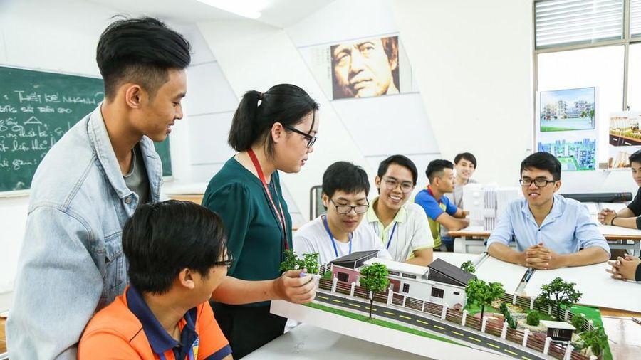 Sinh viên Kiến trúc HUTECH chinh phục xu hướng sống xanh hiện đại