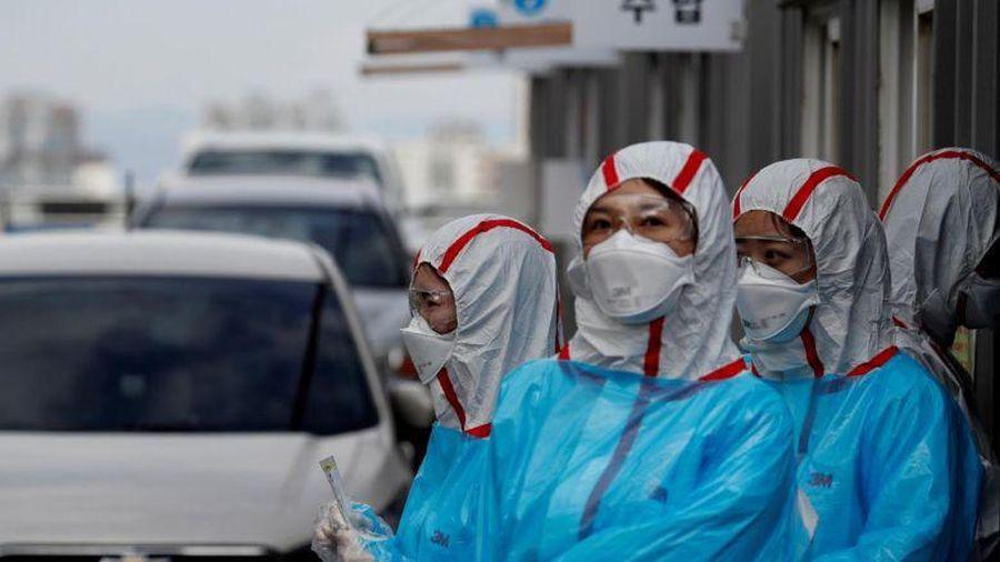 Hàn Quốc: Bùng phát ổ dịch nhà dưỡng lão, số ca mắc Covid-19 tăng nhanh trở lại