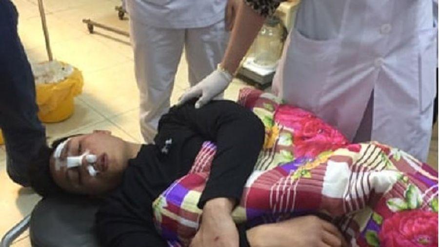 Bác sỹ bị nhóm côn đồ hành hung dã man ngay tại bệnh viện