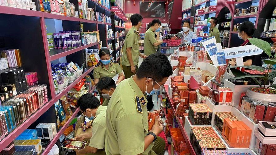 Phát hiện hệ thống Ansan Cosmetics bán mỹ phẩm có dấu hiệu vi phạm