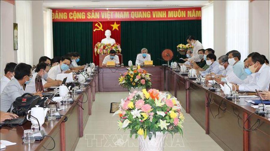 Ninh Thuận nỗ lực hạn chế đến mức thấp nhất thiệt hại do dịch COVID-19 gây ra