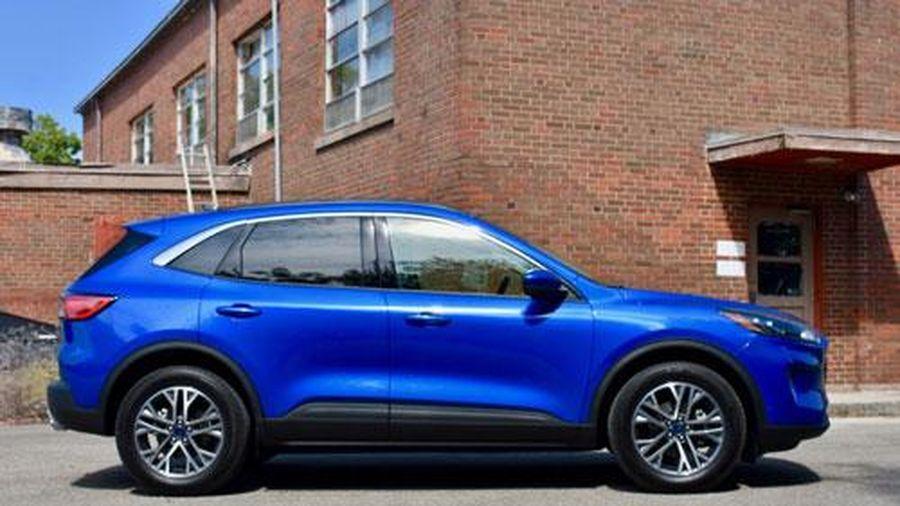 Ford Escape 2020 có ưu điểm gì để 'đấu' với Honda CR-V, Mazda CX-5?