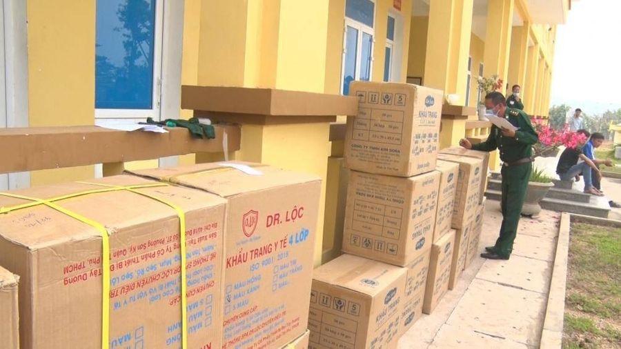 'Chặt đứt' vụ vận chuyển trái phép trăm nghìn khẩu trang y tế qua biên giới