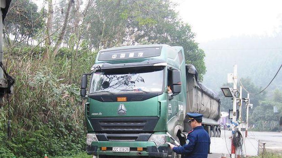 Xử nghiêm và chấn chỉnh tình trạng xe chở quá tải