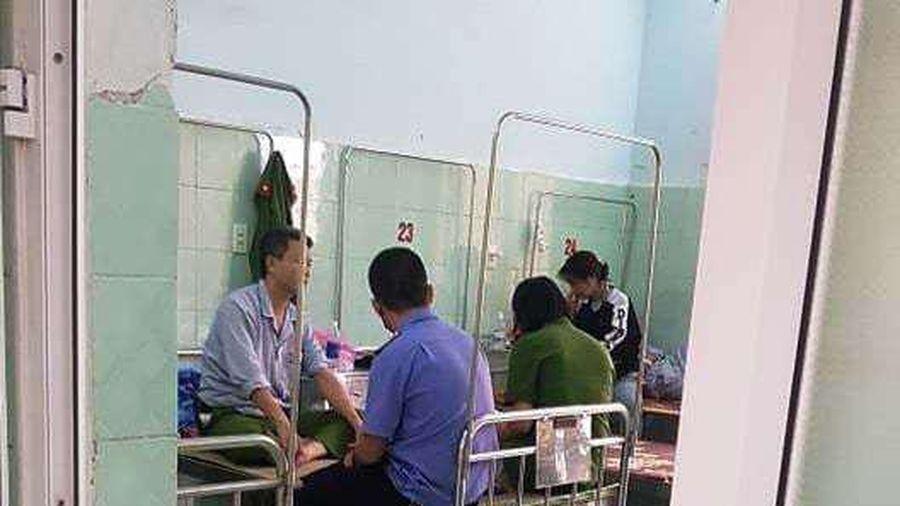 Quảng Bình: Một đại úy công an bị 'cát tặc' tấn công trong lúc làm nhiệm vụ