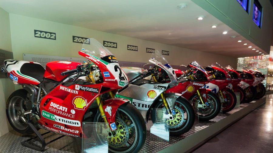 Ducati đóng cửa nhà máy tại Italia do đại dịch Covid-19